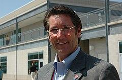 El presidente y dueño del Indianapolis Motor Speedway y jefe máximo de la serie IndyCar Series, Tony George.