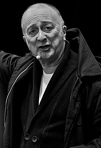 Tony Robinson - Robinson in March 2009