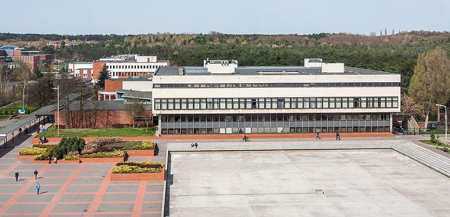Nicolaus Copernicus University Library