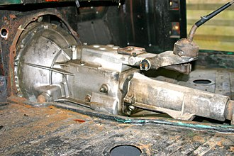 Overdrive (mechanics) - Gearbox without electro-hydraulic operated overdrive. (Note the thin tail end under the gearshift lever)