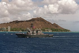 USS John S. McCain 1995 vor Diamond Head, Hawaii