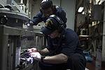 USS MESA VERDE (LPD 19) 140423-N-BD629-008 (14056766991).jpg