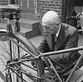 Uitvinder die een opbouwbare fiets bouwde, Bestanddeelnr 900-6542.jpg