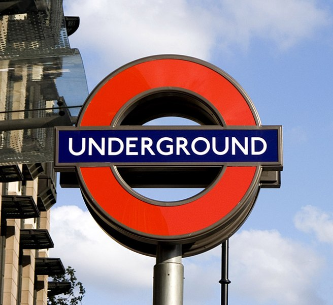 File:Underground sign at Westminster.jpg