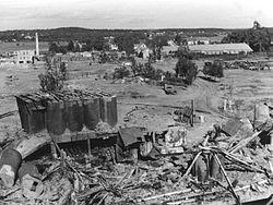 Vallø oljeraffineri ruin - Vallø ruin rafineri 18.jpg
