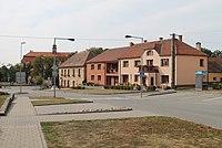 Višňové, náměstí (2016-09-28; 02).jpg