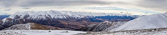 View from Foggy Peak to Craigieburn Range, New Zealand.jpg