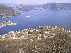 View from Nonknuten, Andabeløy.jpg