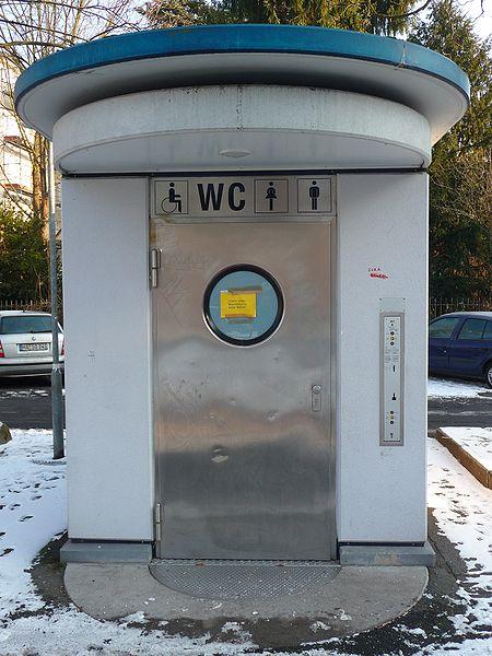 File:WC-Anlage.jpg