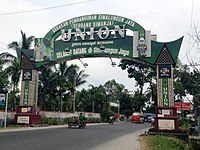 Welcome Gate To Simalungun Regency 02.JPG