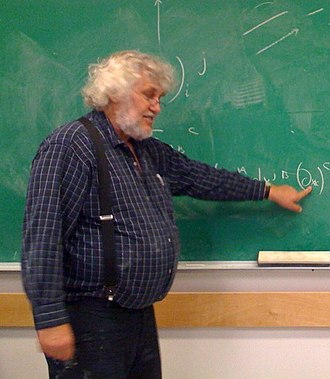 """W. G. Unruh - Unruh teaching """"PHYS 407 - Introduction to General Relativity"""" at University of British Columbia (December 2008)"""
