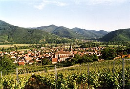 Wihr-au-Val seen from the vineyards.JPG