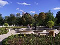 Wilanów garden fountain 02.jpg