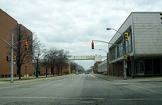 Walkerville, Ontario - Image: Windsorwalkerandrive rside