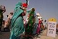 Women walking to Delhi, Janadesh 2007.jpg
