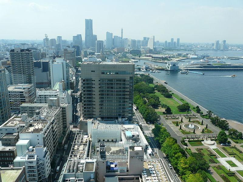 Yokohama Marine Tower (view from) 05.JPG