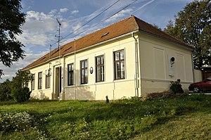 Biskoupky (Brno-Country District) - Image: Základní škola, Biskoupky