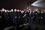 Zebrani podczas odsłonięcia pomnika śp. Prezydenta Lecha Kaczyńskiego w Warszawie.jpg