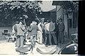 Ziljsko štehvanje 1956 - štehvanjski godci in pevci pod lipo (2).jpg