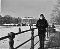 Zizi Jeanmaire in Amsterdam langs de Amstel, Bestanddeelnr 914-8722.jpg