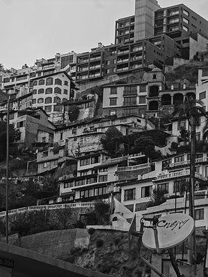 Guápulo - Image: (Guápulo) Buena Vista black and white