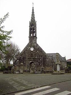 Église Saint-Guénolé à Landrévarzec, Finistère 03.JPG