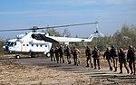 Десантники-резервісти здійснили понад 600 стрибків з парашутом (30044989401).jpg