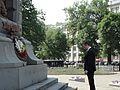 Министър Младенов полага цветя на Паметника на участниците в Плевенската епопея в Москва (5792551619).jpg