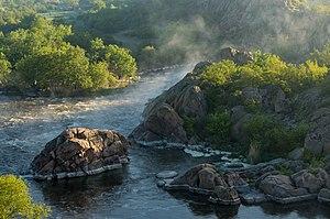 Національний природний парк «Бузький Гард» - ранкове світло.jpg