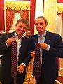 Обмен галстуками с Председателем Координационной комиссии Международного олимпийского комитета Ж.-К. Килли.jpg