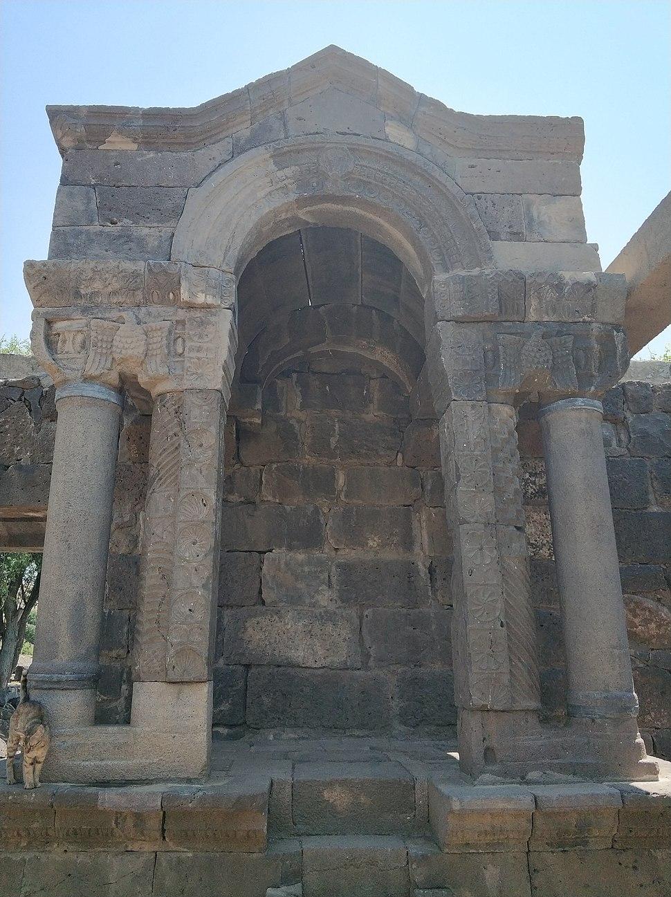 במת בית הכנסת אום אל קנטיר