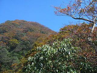 Xueshan Range mountain range
