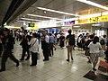 新宿車站快速轉乘閘門.jpg