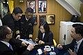 03.21 總統出席「海軍106年敦睦支隊啟航歡送暨潛艦國造設計啟動及合作備忘錄簽署」,視導海虎軍艦並於照片上簽名 33409642022 eda55cee16 o.jpg
