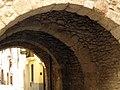 042 Portal de la Trinitat, al Pla de Santa Maria.jpg