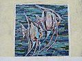 1130 Trazerberggasse 66-68 Schrutkagasse Stg. 1 - Wandmosaik Fische von Maria Kiraly 1957 IMG 0872.jpg