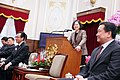 12.20 總統由台南王定宇立法委員(右一)等人陪同,接見「國際獅子會300-D1區領導幹部」 (31384465830).jpg