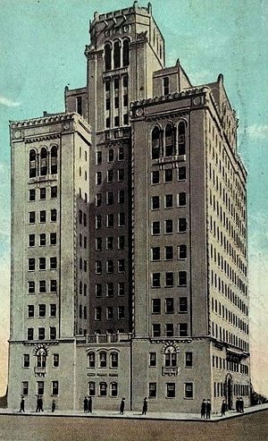 Plummer Building - 1922 postcard showing the building design before the addition of the bell tower.