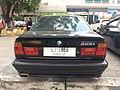 1994-1995 BMW 525i (E34) Sedan (01-11-2017) 07.jpg