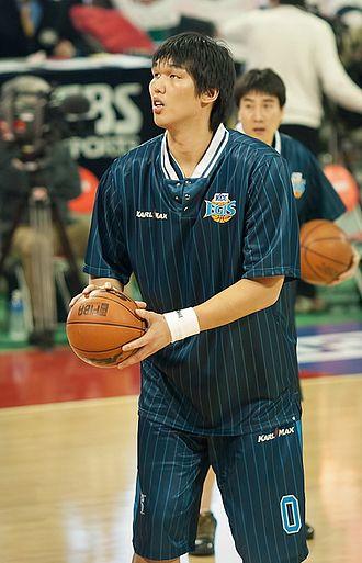 Ha Seung-jin - Image: 2010 프로농구 KCC vs SK