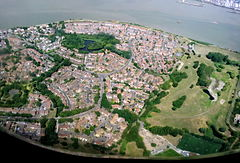 2015 London-Thamesmead, aerial view 2.jpg
