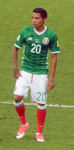 Javier Aquino - Aquino playing for Mexico at the 2017 FIFA Confederations Cup