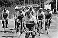 51ste Tour de France 1964, Televizierploeg tijdens training dag voor de start, Bestanddeelnr 916-5772.jpg