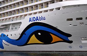 AIDAblu in Rostock, 2012 6.jpg