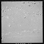 AS15-89-12056 (21489949899).jpg