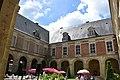 Abbaye de Saint-Michel en Thiérache - Cloître 02.JPG