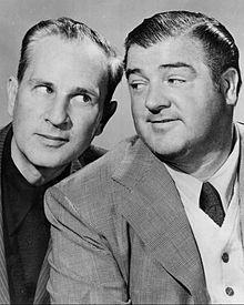 Abbott (sinistra) in compagnia di Costello (destra), creatori di Gianni e Pinotto