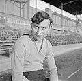 Abe Lenstra (Heerenveen) in het Olympisch Stadion in Amsterdam, enige dagen na d, Bestanddeelnr 191-1062.jpg