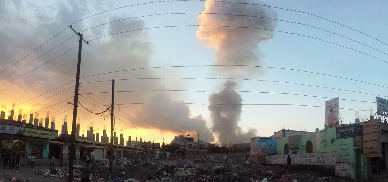 Raid aereo su Sana'a, 11/05/2015. Credit to: Ibrahem Qasim