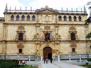 Colegio Mayor de San Ildefonso - Image: Alcalá de Henares Colegio Mayor de San Ildefonso 01